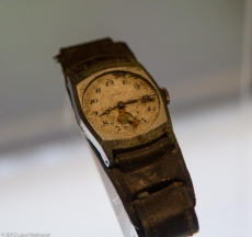 Wrist watch frozen at bomb detonation time, Hiroshima Peace Memo
