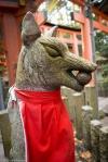 Fox kami statue, Fushimi Inari Shrine,Kyoto